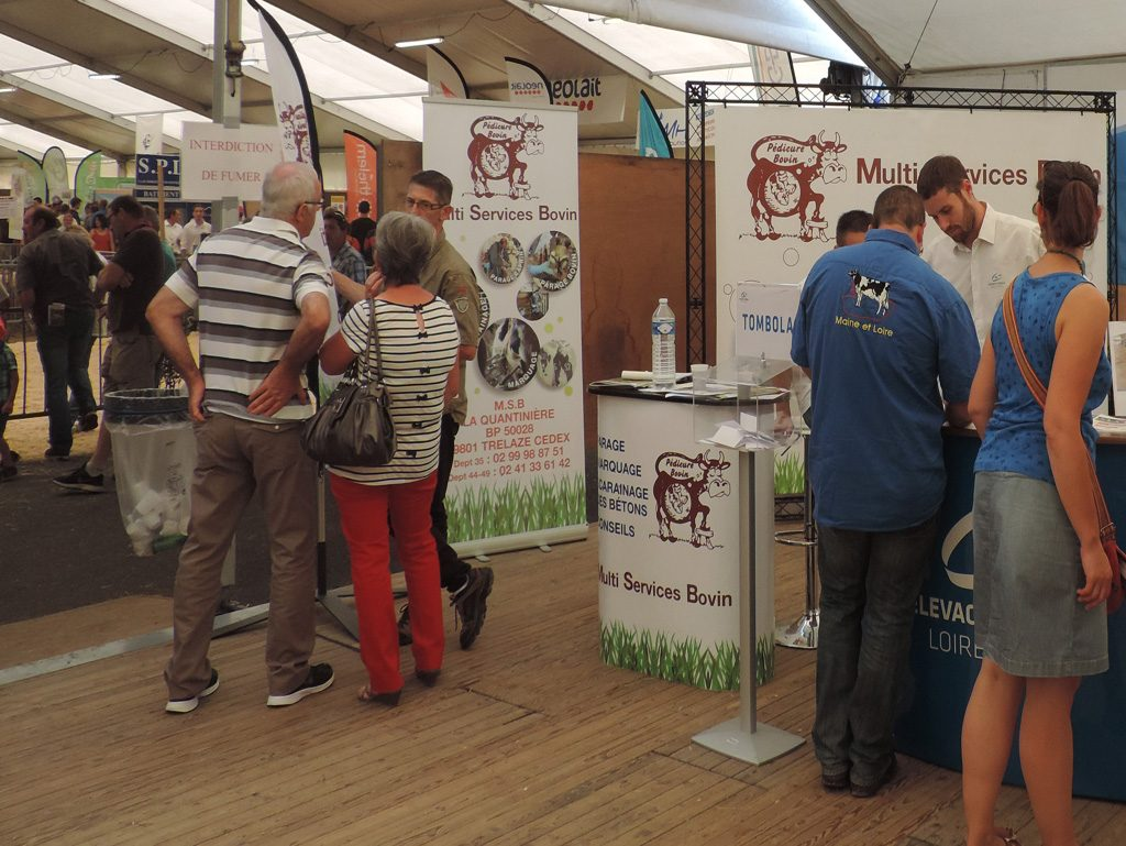 Photo stand Multi Services Bovin au Festi'élevage